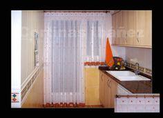 Visillo de cocina confeccionado manual para hacer coincidir los motivos y se ha confeccionado la puerta y la ventana 1º por la cabecilla para hacer coincidir el alto de los motivos y el bajo de la ventana se ha ajustado al alto.CORTINAS IBÁÑEZ con más de 30 años de experiencia, disponemos de miles de tejidos que se pueden adaptar a sus necesidades, somos especialistas en Cortinajes,  https://www.facebook.com/pages/Cortinajes-Ibañez/285146811496396