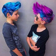 I really love this short hair style. I really love this short hair style. Boy Hairstyles, Pretty Hairstyles, Style Hairstyle, Mens Hair Colour, Cool Hair Color, Pelo Hipster, Boys Colored Hair, Pelo Multicolor, Hair Art