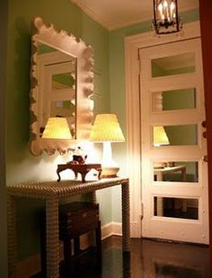 love this retro look with mirrors