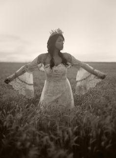 Claire Pettibone 'Fleur De Jour' wedding gown for Nouveau Magazine   http://weddingnouveau.com/2012/11/native-american-prairie-style-shoot/  Photo: @Chelsea Rose Mitchell