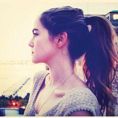 Güzeller güzeli Zoey Deutch'ın Instagram'da paylaştığı bir resim