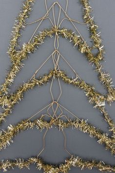 How to Make a Wire Christmas Tree | Wire hangers, Card displays ...