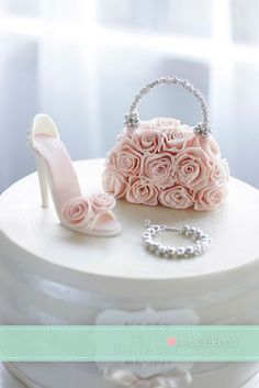 Shoe and handbag close up cake topper | Party Cakes)