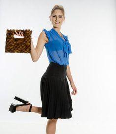 Braunglänzende Abend-Holzhandtasche -- 78 Euro bei #beautyXpert