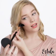 What Really Happens When You Use Dirty Makeup Brushes Makeup Brush Cleaner, Makeup Brush Set, How To Clean Makeup Brushes, How To Apply Makeup, What Really Happened, Face Skin Care, Skin Care Treatments, Clean Face, How To Treat Acne