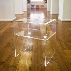 1000 images about comodino design moderno in plexiglass for Arredamento roma est