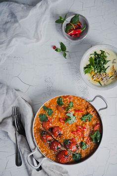 Lentil curry by Vegan Recipes Easy, Vegetarian Recipes, Veggie Dinner, Salty Foods, Vegan Comfort Food, Food Goals, I Love Food, Food Inspiration, Food And Drink