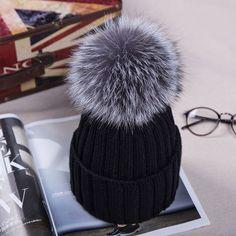 2016ニット帽子の冬で12センチ銀キツネの毛皮ボールトップス女性アクリルロシアキャップビーニーカジュアル女性の毛皮の帽子