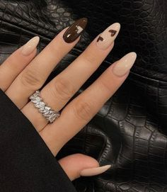 Brown Acrylic Nails, Brown Nails, Cute Acrylic Nails, Acrylic Art, Brown Nail Art, Dope Nails, Swag Nails, Milky Nails, Beige Nails