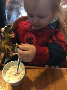 Even dinosaurs like banana smoothies