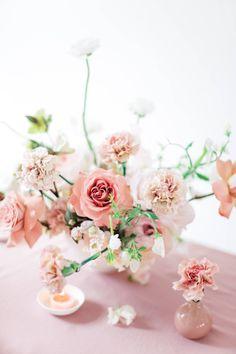 Bold & vibrant modern wedding ideas via Magnolia Rouge Blush Pink Wedding Flowers, Blush Wedding Colors, Pink Wedding Theme, Blush Pink Weddings, Floral Wedding, Wedding Table Centerpieces, Centrepieces, Wedding Inspiration, Wedding Ideas