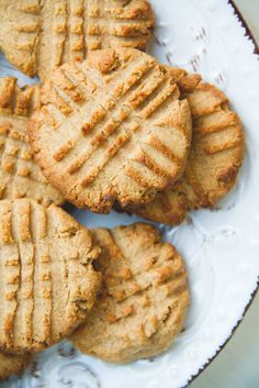 Healthy and delicious vegan peanut butter cookies.