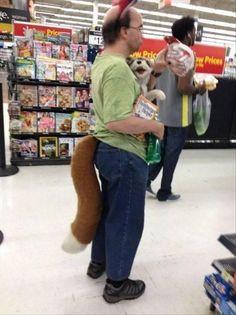 I work with someone who has this tail. lol. hahahahahhahahahahahahhaaahah i guess he found a mate.