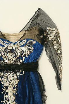 Evening dress Date: 1914–20 Culture: American Medium: silk, cotton, metallic thread, glass, shell. Detail