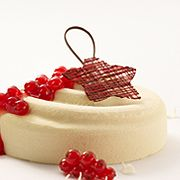 White chocolate and redcurrant cheesecake