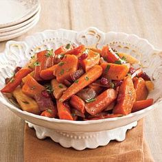 Slow Cooker Balsamic Root Vegetables are a flavorful side dish that's a perfect addition to your Thanksgiving spread! Best Thanksgiving Side Dishes, Thanksgiving Recipes, Fall Recipes, Thanksgiving Salad, Family Thanksgiving, Side Dish Recipes, Vegetable Recipes, Slow Cooker Recipes, Cooking Recipes