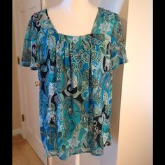 Kim Rogers Blue Paisley Square Neck Top Pre-loved top.  Can be dressed up or down.  Has its own inside lining.  Size is 1X. Kim Rogers Tops Blouses
