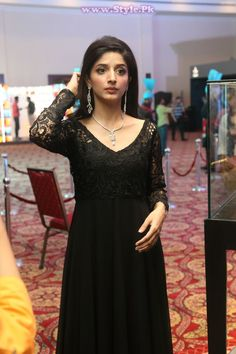 Waseem Jewellers at PFDC L'Oreal Paris Bridal Week PLBW | Stylish Pie