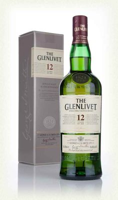 Excellent 12 year old single malt from the Glenlivet Distillery in Speyside, which enjoys its maturation in both European and American oak casks. Glenlivet Whisky, Japanese Whisky, Scotch Whisky, 12 Year Old, Distillery, Bourbon, Over The Years, Whiskey Bottle, Alcoholic Drinks