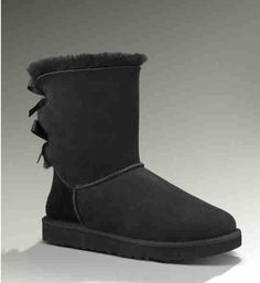 Black Uggs with bows. Bearpaw Boots, Ugg Boots, Cute Uggs, Uggs With Bows, Cheap Snow Boots, Black Uggs, Fresh Kicks, Winter Outfits, Little Girls
