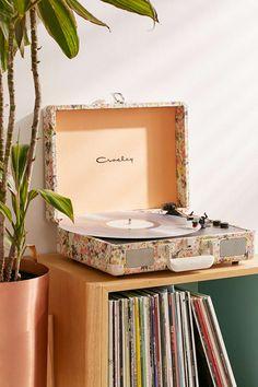 Crosley Presley Floral Bluetooth Cruiser Record Player