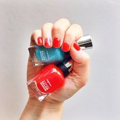Super-simple nail art with Sally Hansen Beachside Astrologer Collection
