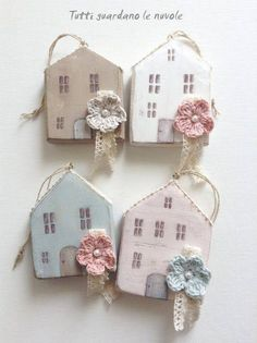 Everyone looks at the clouds: Little Houses Scrap Wood Crafts, Wooden Crafts, Clay Crafts, Diy And Crafts, Handmade Home, Small Wooden House, Wooden Houses, Wood Scraps, Country Paintings