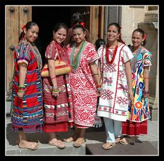 Women in Oaxaca, Mexico, wearing beautifully patterned huipiles. A huipil (from… Mexican Blouse, Mexican Outfit, Mexican Dresses, Mexican Clothing, Mexican Costume, Folk Costume, Costumes, Mexican Art, Mexican Style