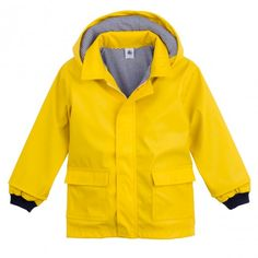 Bright yellow Raincoat by Petit Bateau http://www.littlefashiongallery.com/fr/mode-enfant/petit-bateau-enfant/petit-bateau-enfants-oilskin-jacket-jaune-h13/