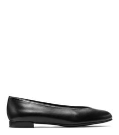 The ultra minimalist flat makes a comeback this season. Inspired by our iconic pump, the CHICFLAT is refreshingly understated design is finished with a distinctive toe box, which is cut high for a sophisticated spin on the traditional ballerina style. Available in a variety of colors and materials, including velvet and exotic calf hair. Consider with tailored wide-leg trousers and a motorcycle jacket.