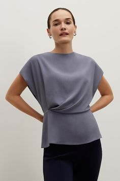 Choose from a variety of tops that are perfect to go from the office to after-work cocktails. A range of cuts, colors and fits help you create the perfect work wardrobe. Party Fashion, Fashion Outfits, Womens Fashion, Office Attire Women, The Office Shirts, Work Wardrobe, Fashion Details, Pretty Outfits, Blouse Designs