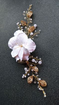 Big /& Thick Jade Beaded Fringe Delicate Carved Moth Orchid Flower Necklace