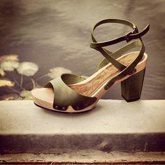 Tea shoes by Vialis