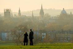 Oxford, England, city of the dreaming spires Travel Aesthetic, Aesthetic Art, Oxford City, Oxford England, Old Money, Dream City, Paris, South Park, Pretty Pictures