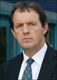 Inspector Lewis -- Kevin Whately. Don't retire Lewis!! We need you!!