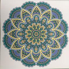 Het derde echte enige mandala kleurboek