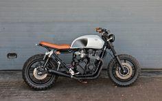 Honda CB750 Seven Fifty Street Tracker #23 by Lab Motorcycle #streettracker #motos | caferacerpasion.com