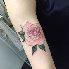 rose Tattooist Hongdam Seoul, Korea