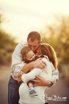 Family maternity photography