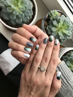 manicure and pedicure nail art designs summer ingrown toenail removal Classy Nails, Stylish Nails, Trendy Nails, Fancy Nails, Green Nail Art, Green Nails, Black Nails, Spring Nail Art, Spring Nails