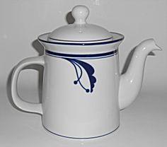 Dansk Pottery Cobalt Bayberry Teapot W/lid