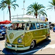 """.com or check out our resto pics on FB ""Skinner Classics VW Restorations"" Split Bus Specialists in Nor-Cal, 30+ years!  #aircooled #bus #kombi #deluxe #busporn #split #scvwr #vw #slammed #lowbus #stock #vdubs #patina #earlies #bagged #low #hoodride #abandonedvw #rusty #vwlife #german #ovp #vwrestoration #norcal #stance (Mass Photo Sharing) _____________________________________ TAG: @skinnerclassics ●Photo Share● ☆vw☆vw☆vw☆vw☆vw☆vw☆vw☆ Split Bus Features Only! #hotvws"" Photo taken by…"