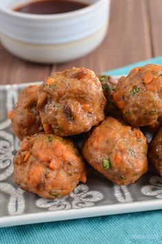 These Syn Free Pork and Sweet Potato Meatballs are so darn good and great hot or cold. Delicious on their own or with the suggested sauces.