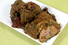 Roast meat is an all time Goan favorite. This is a super moist, perfectly seasoned, traditional Goan Indian Beef Recipes, Goan Recipes, Roast Beef Recipes, Veg Recipes, Curry Recipes, Chicken Recipes, Cooking Recipes, Cooking Bacon, Cooking Oil