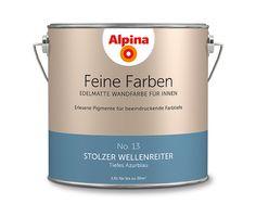 """Alpina Feine Farben """"Stolzer Wellenreiter"""":  Kraftvoll erhebt sich dieses tiefe Azurblau vor seinem Publikum. Er ist Inspiration und Eleganz, tiefsinniger Freigeist und Abenteurer."""