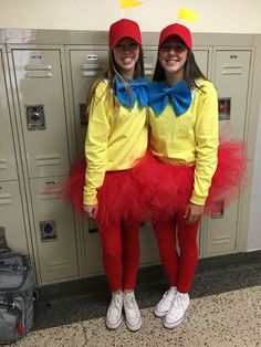 diy Halloween Costumes for teens - Teen Halloween Costumes for Girls Two Person Halloween Costumes, Best Diy Halloween Costumes, Twin Halloween, Hallowen Costume, Halloween Outfits, Costume Ideas, Halloween Ideas, Halloween Cosplay, Halloween 2020