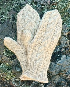 Neuleohje Lapaset, 115747 Mittens Pattern, Knit Mittens, Mitten Gloves, Knitting Socks, Knit Socks, Slipper Boots, Knitting Accessories, Fingerless Gloves, Arm Warmers