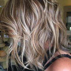 Классическое мелирование на русых волосах