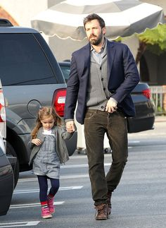#BenAffleck walked with Seraphina in Brentwood | Click for more