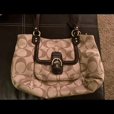 Authentic Coach Purse Full size purse, in great condition. Coach Bags Shoulder Bags